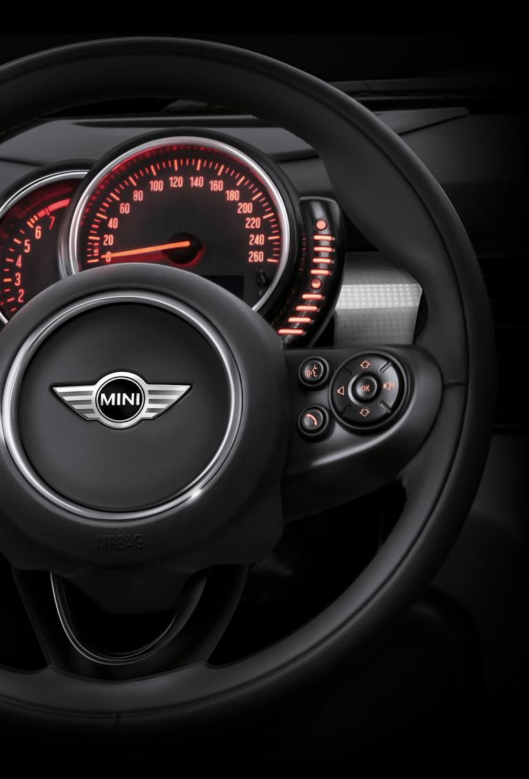 MINI Connected. MINI steering wheel. MINI Bluetooth